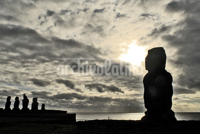 Oct, 2007, Easter Island, Chile Arquelogist complex in the tahai sector. One km from the village of Hanga Roa. It was rebuild in the '60 from William Mulloy, amercian arqueologist whe died in 1976. His grave is right close to Tahai complex. Mulloy is the only foreign arqueologist who is burried on the island. After 5 days as a tourist, photographer Lorenzo Moscia set to discover the real life of one of the more surprising places of the World, mix of cultures between Oceania and Latin America, with a native population near extintion./