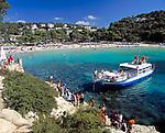 ESP, Spanien, Balearen, Menorca, Cala Galdana: beliebter Ferienort im Sueden | ESP, Spain, Balearic Islands, Menorca, Cala Galdana: resort in the south