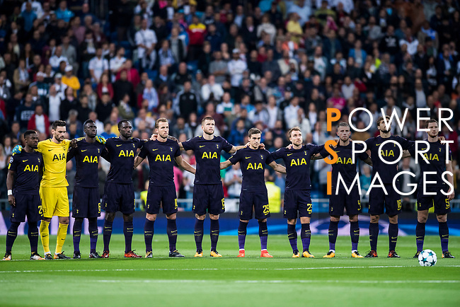 Tottenham Hotspur FC players line up for photo prior to the UEFA Champions League 2017-18 match between Real Madrid and Tottenham Hotspur FC at Estadio Santiago Bernabeu on 17 October 2017 in Madrid, Spain. Photo by Diego Gonzalez / Power Sport Images