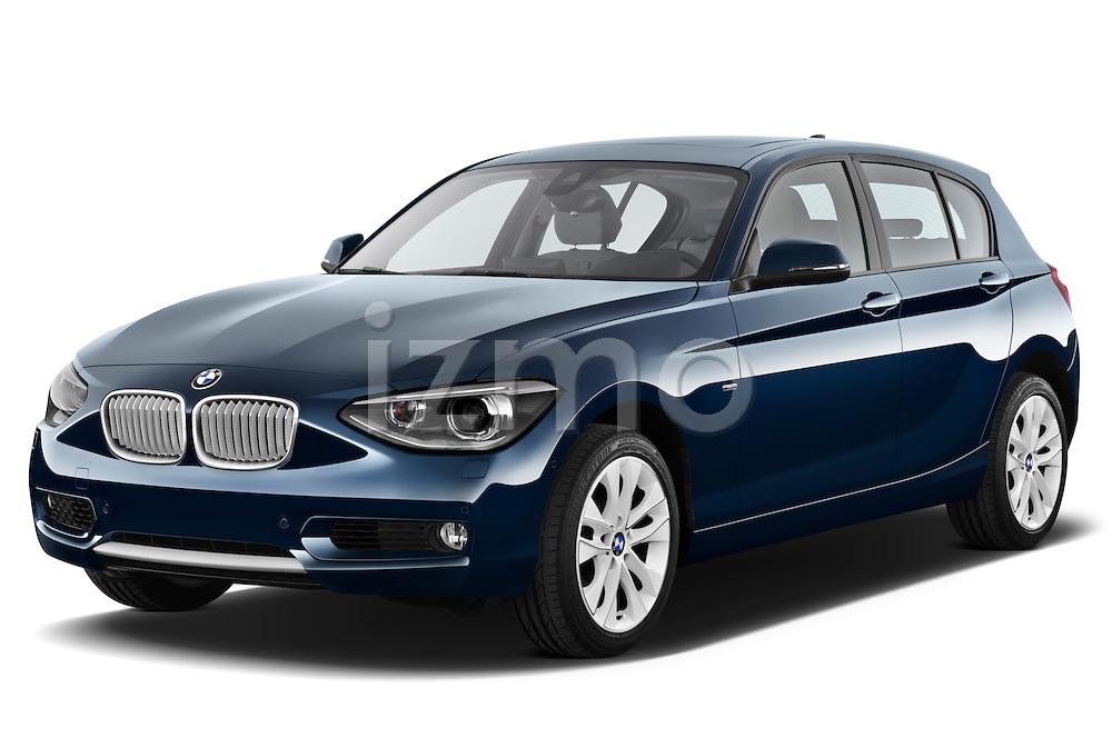 Front three quarter view of a 2011 - 2014 BMW 118d 5 Door hatchback.