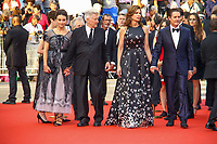 Kyle MacLachlan et sa femme Desiree Gruber, David Lynch et sa femme Emily Stofle, sur le tapis rouge pour la projection du film TWIN PEAKS, événement pour le 70ème anniversaire, en competition lors du soixante-dixième (70ème) Festival du Film à Cannes, Palais des Festivals et des Congres, Cannes, Sud de la France, jeudi 25 mai 2017. Philippe FARJON / VISUAL Press Agency