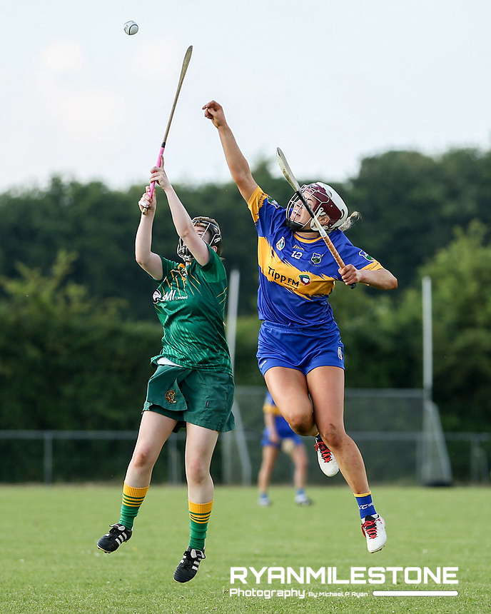 Tipperary's Orla O'Dwyer in action against Meath's Louise Donoghue during the Liberty Insurance All Ireland Senior Camogie Championship Round 1 between Tipperary and Meath at the Ragg, Co Tipperary. Photo By Michael P Ryan.