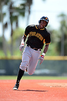 Pittsburgh Pirates first baseman Josh Bell (19) during an Instructional League intersquad scrimmage on September 29, 2014 at the Pirate City in Bradenton, Florida.  (Mike Janes/Four Seam Images)
