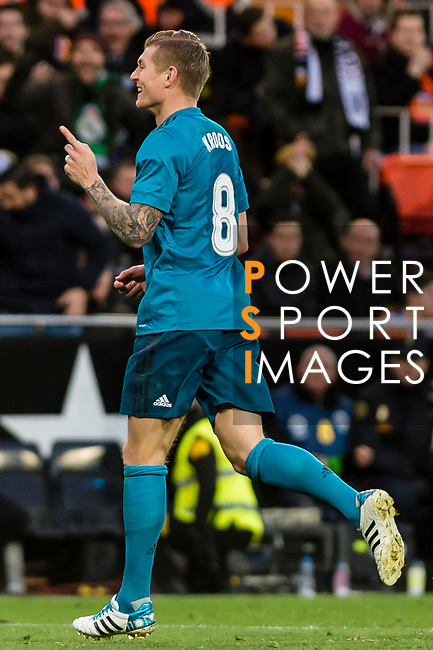 Toni Kroos of Real Madrid celebrates after scoring his goal during the La Liga 2017-18 match between Valencia CF and Real Madrid at Estadio de Mestalla  on 27 January 2018 in Valencia, Spain. Photo by Maria Jose Segovia Carmona / Power Sport Images