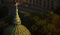 Photo aerienne  de la basilique Marie-Reine-du-Monde<br /> <br /> <br /> PHOTO : Denis Germain<br />  - Agence Quebec Presse