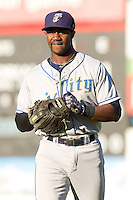 Renaldo Jenkins #3 of the Tri-City Dust Devils prior to a game against the Everett AquaSox at Everett Memorial Stadium in Everett, Washington on July 28, 2014. Tri-City defeated Everett 6-5 in 11 innings.  (Ronnie Allen/Four Seam Images)