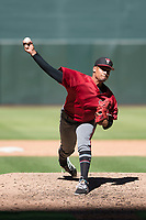 Arizona Diamondbacks relief pitcher Emilio Vargas (18) delivers a pitch to the plate during an Instructional League game against the Kansas City Royals at Chase Field on October 14, 2017 in Phoenix, Arizona. (Zachary Lucy/Four Seam Images)