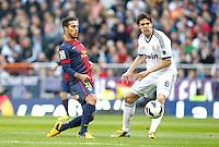 MADRI, ESPANHA, 02 MARÇO 2013 - CAMPEONATO ESPANHOL - REAL MADRID X BARCELONA - Thiago (E) jogador do Barcelona disputa bola com Kaka do Real Madrid  em partida pela 26 rodada do Campeonato Espanhol, neste sabado, 02. (FOTO: ALEX CID-FUENTES / ALFAQUI / BRAZIL PHOTO PRESS).