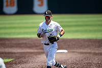 Wright State Raiders second baseman Tyler Black (6) in action against the Duke Blue Devils in NCAA Regional play on Robert M. Lindsay Field at Lindsey Nelson Stadium on June 5, 2021, in Knoxville, Tennessee. (Danny Parker/Four Seam Images)