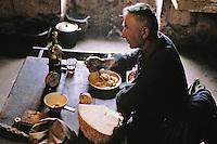 Europe/France/Auvergne/15/Cantal/Env de Saint Cernin Prex: L. Lafont (agriculteur) déjeune   [Non destiné à un usage publicitaire - Not intended for an advertising use]<br /> PHOTO D'ARCHIVES // ARCHIVAL IMAGES<br /> FRANCE 1980