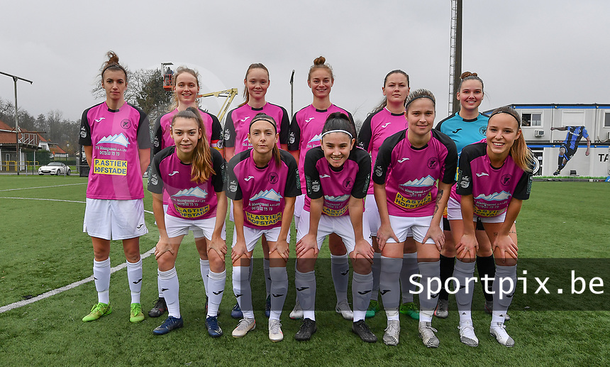 the players of Eendracht Aalst with Silke Baccarne , Justine Blave , Margaux Van Ackere , Tiffanie Vanderdonckt , Loes Van Mullem , Anke Vanhooren , Daisy Baudewijns , Annelies Van Loock , Stephanie Van Gils , Tiana Andries and Valentine Hannecart  pictured posing for the teampicture ahead of a female soccer game between Club Brugge Dames YLA and Eendracht Aalst Ladies on the 9 th matchday of the 2020 - 2021 season of Belgian Scooore Womens Super League , saturday 12 December 2020  in Brugge , Belgium . PHOTO SPORTPIX.BE | SPP | DAVID CATRY