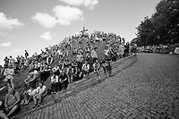 the infamous Muur van Geraardsbergen<br /> <br /> Eneco Tour 2013<br /> stage 7: Tienen - Geraardsbergen<br /> 208km