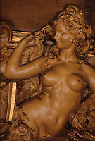 "Europe/France/Ile-de-France/Paris : ""BELLE EPOQUE"" - ""Le Train Bleu"" Gare de Lyon - Sculpture de femme<br /> PHOTO D'ARCHIVES // ARCHIVAL IMAGES<br /> FRANCE 1990"