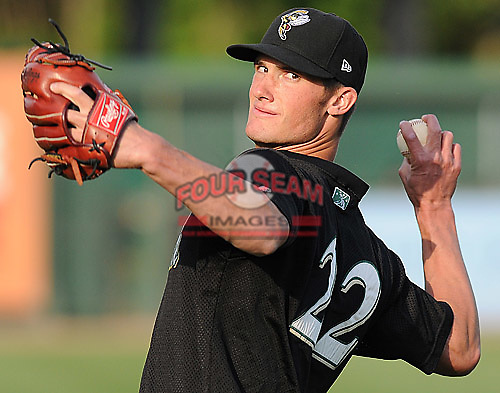 April 30, 2009: RHP Eric Beaulac (22) of the Savannah Sand Gnats, Class A affiliate of the New York Mets, in a game against the Greenville Drive at Fluor Field at the West End in Greenville, S.C. Photo by: Tom Priddy/Four Seam Images
