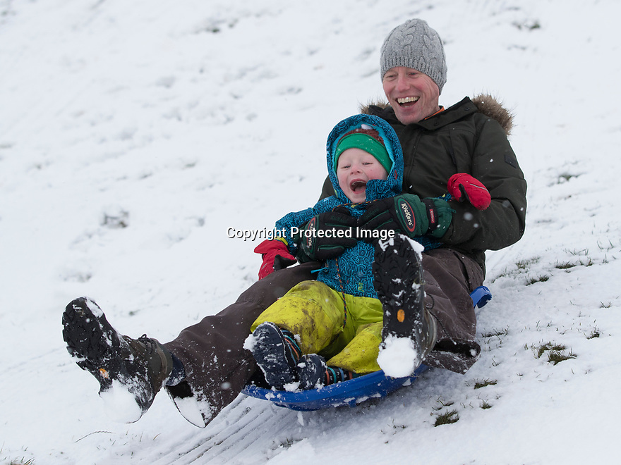 25/11/17<br /> <br /> Matthew Glossop with son Charlie, 3.<br /> <br /> Snow continues to fall on Mam Tor near Castleton in the Derbyshire Peak District.<br />  <br /> All Rights Reserved F Stop Press Ltd. +44 (0)1335 344240 +44 (0)7765 242650  www.fstoppress.com
