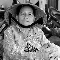 Photo de rue - Street life at the market<br /> <br /> Au marché, Nha Trang, Vietnam