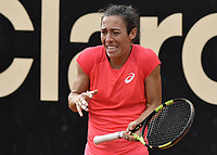 BOGOTA -COLOMBIA. 14-04-2017. Francesca Schiavone (ITA) durante juego de semifinal contra Johanna Larsson (SWE) del Claro Open Colsanitas WTA 2017 jugado en el Club Los Lagartos en Bogota. /  Francesca Schiavone (ITA) during match against Johanna Larsson (SWE) for the semifinal of Claro Open Colsanitas WTA 2017 played at Club Los Lagartos in Bogota city. Photo: VizzorImage/ Gabriel Aponte / Staff