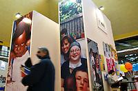 Roma 1/4/2004 Palazzo dei congressi<br /> Villaggio del Millennio - forum Alleanza Mondiale delle Città contro la Povertà<br /> Foto Andrea Staccioli Insidefoto