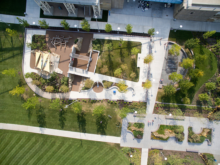 Carol Ann's Carousel House at the Smale Riverfront Park Aerial Photography | Sasaki Architects