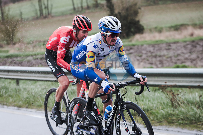 Julian Alaphilippe (FRA) Deceuninck-Quick Step and Tiesj Benoot (BEL) Team Sunweb attack during Stage 1 of the 78th edition of Paris-Nice 2020, running 154km from Plaisir to Plaisir, France. 8th March 2020.<br /> Picture: ASO/Fabien Boukla   Cyclefile<br /> All photos usage must carry mandatory copyright credit (© Cyclefile   ASO/Fabien Boukla)