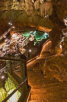 Europe/Europe/France/Midi-Pyrénées/46/Lot/Padirac: Escalier  vers la rivière souterraine et le lac des Grands Gours [Non destiné à un usage publicitaire - Not intended for an advertising use]