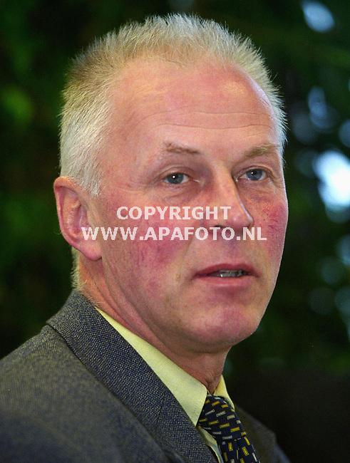 Geldermalsen , 30-03-2000 Foto : Koos Groenewold (APA)<br />Dhr van Staalduinen.