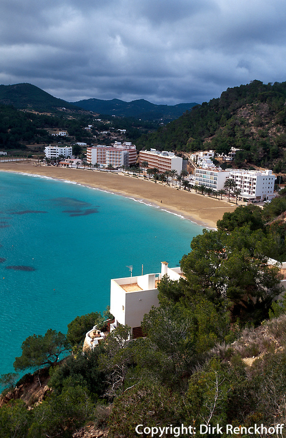 Spanien, Balearen, Ibiza, Strand von Cala de Sant Vincent