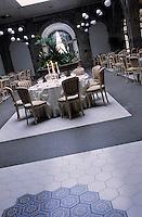 """Europe/Italie/Côte Amalfitaine/Campagnie/Env de Sorrente/S. Agnello di Sorrento : Grand Hôtel """"Cocumella"""" - Salle de restaurant dans l'ancien cloître"""