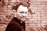 John Niven è nato a Irvine, Ayrshire, Scozia, nel 1972. Scrive per «The Times», «The Independent», «Word» e «FHM». Ha pubblicato il romanzo breve Music ... Mantova 6 settembre 2018. © Leonardo Cendamo