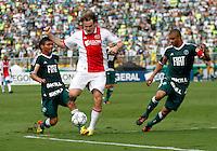 SÃO PAULO,SP, 14 JANEIRO 2011 - AMISTOSO PALMEIRAS X AJAX (HOL)<br /> Bulykin (c) jogador do Ajax durante  partida entre as equipes do Palmeiras X Ajax (hol) realizada no  Estádio Paulo Machado de Carvalho (Pacaembu) na zona oeste de São Paulo, neste Sabado (14). (FOTO: ALE VIANNA - NEWS FREE).