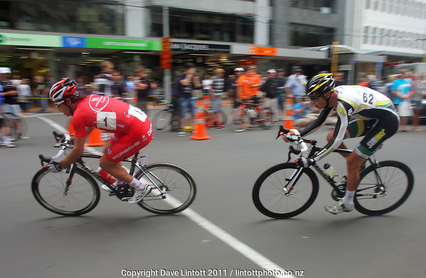 Subway Pro Cycling's Westley Gough (right) sticks with Lachlan Norris (Drapac Professional Cycling). Trust House Wellington Cycle Classic Stage 5 - Criterium at Lambton Quay, Wellington, New Zealand on Sunday, 30 January 2011. Photo: Dave Lintott / lintottphoto.co.nz