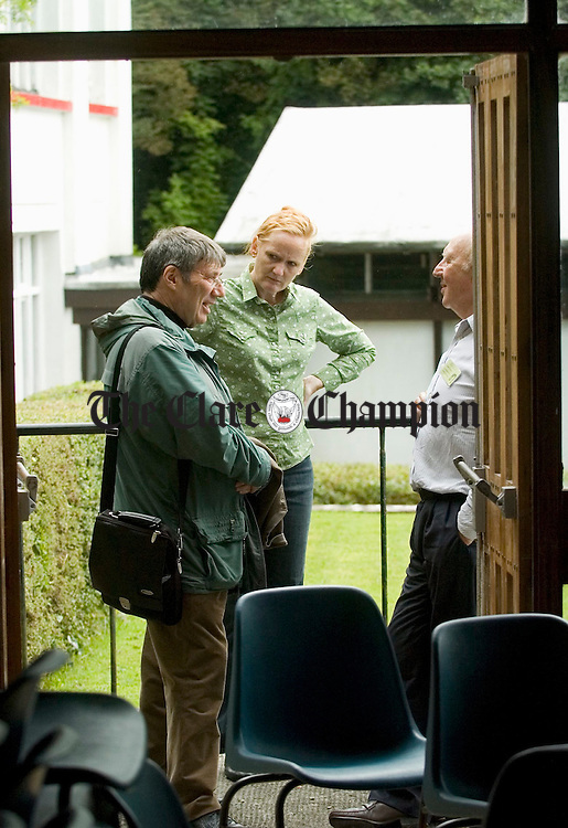 Jim Malone, Eilis Grade and Jim Doherty chatting during a break  at the Merriman Summerschool in Lisdoonvarna. Photograph by John Kelly.