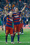FC Barcelona's Andres Iniesta (l) and Sergio Busquets celebrate the victory in the Spanish Kings Cup Final match. May 22,2016. (ALTERPHOTOS/Acero)