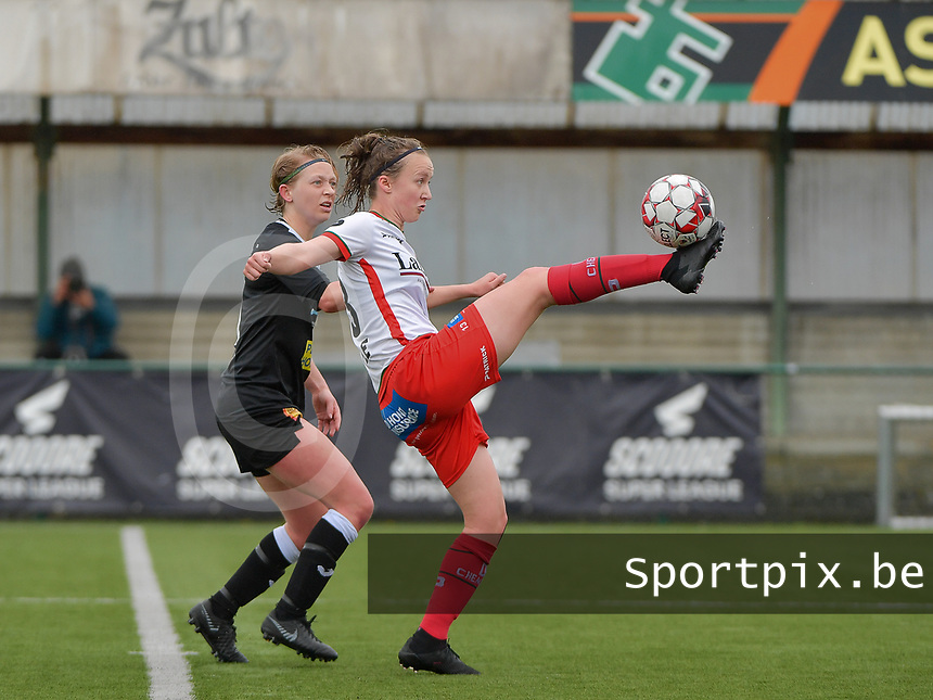 Wilhelmina Pellens (41) of Eendracht Aalst and Geena Lisa Buyle (13) of Zulte-Waregem in action during a female soccer game between SV Zulte - Waregem and Eendracht Aalst on the 9 th matchday in play off 2 of the 2020 - 2021 season of Belgian Scooore Womens Super League , saturday 22 nd of May 2021  in Zulte , Belgium . PHOTO SPORTPIX.BE   SPP   DIRK VUYLSTEKE