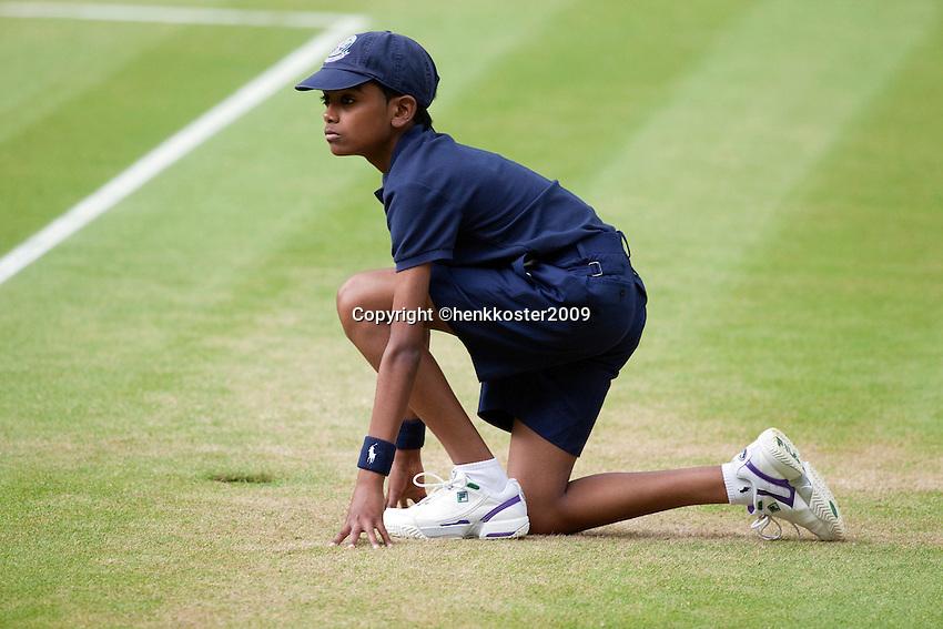 27-6-09, England, London, Wimbledon, Ballboy