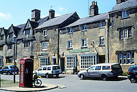 Chipping Campden: Gloucestershire--High St.  Alexandra Churchill Gallery. Photo '05.