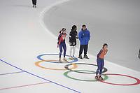 OLYMPIC GAMES: PYEONGCHANG: 17-02-2018, Gangneung Oval, Long Track, Training session, Yu-Ting Huang (TPE), Erin Jackson (USA), Ryan Shimabukuro (coach), Irene Schouten (NED), ©photo Martin de Jong