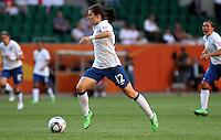 Wolfsburg , 270611 , FIFA / Frauen Weltmeisterschaft 2011 / Womens Worldcup 2011 , Gruppe B  ,  ..England - Mexico ..Karen Carney (England)  ..Foto:Karina Hessland ..