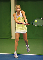 01-12-13,Netherlands, Almere,  National Tennis Center, Tennis, Winter Youth Circuit, Nina Kruijer   <br /> Photo: Henk Koster