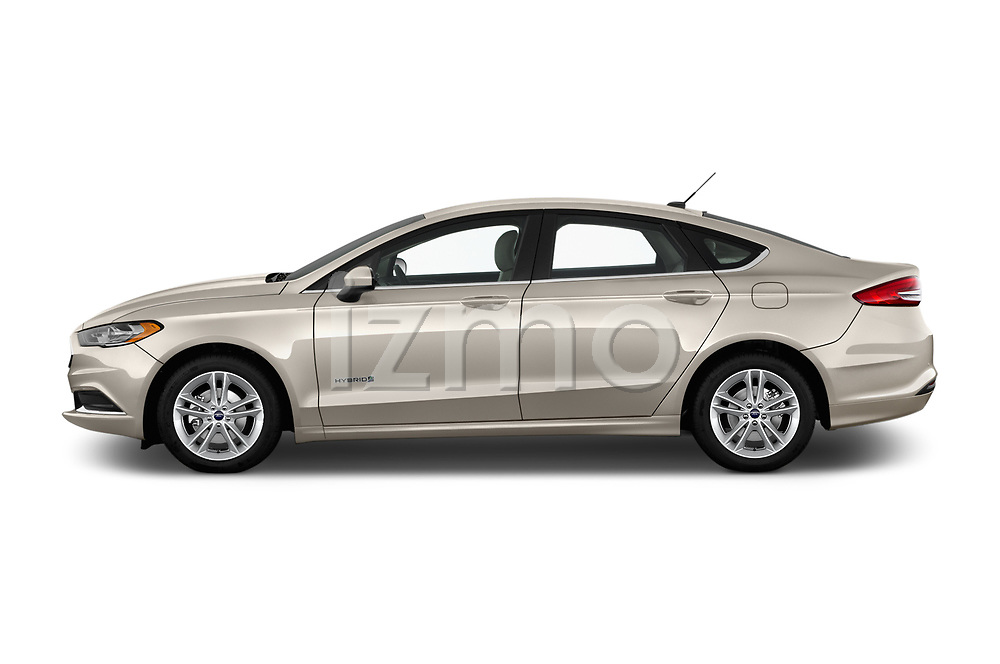 Car driver side profile view of a 2018 Ford Fusion Hybrid SE 4 Door Sedan