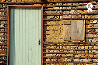 Door and facade of traditional house (Licence this image exclusively with Getty: http://www.gettyimages.com/detail/sb10069714ak-001 )