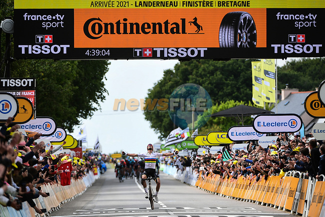 World Champion Julian Alaphilippe (FRA) Deceuninck-Quick Step wins solo Stage 1 of the 2021 Tour de France, running 197.8km from Brest to Landerneau, France. 26th June 2021.  <br /> Picture: A.S.O./Pauline Ballet | Cyclefile<br /> <br /> All photos usage must carry mandatory copyright credit (© Cyclefile | A.S.O./Pauline Ballet)