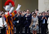 Cerimonia del Giuramento delle Guardie Svizzere nel Cortile di San Damaso, Citta' del Vaticano, 6 maggio 2017.<br /> Guests take pictures during the Pontifical Swiss Guards' swearing-in ceremony at the San Damaso courtyard, Vatican, 6 May 2017.<br /> UPDATE IMAGES PRESS/Riccardo De Luca<br /> <br /> STRICTLY ONLY FOR EDITORIAL USE