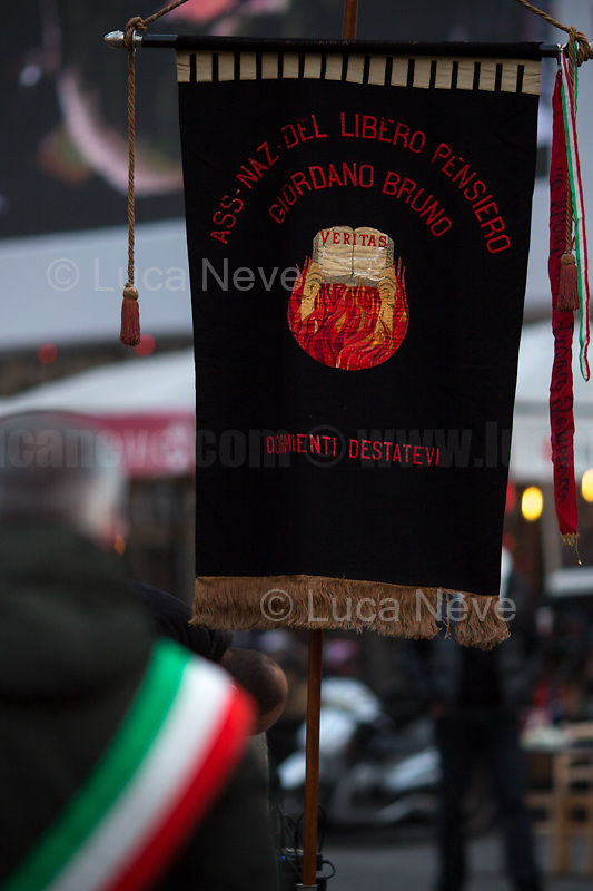 "Rome, Italy, 17th Feb, 2021. Today, the Assaciazione Nazionale del Libero Pensiero ""Giordano Bruno"" (1.), with the participation of a representatives of Comune di Roma (Rome's Municipality) and Comune di Nola (Nola's Municipality), held the 421st Anniversary of the death of Giordano Bruno (2. 3.) in Rome's Campo de' Fiori (4.). On the 17th February 1600 the Dominican friar, Philosopher, mathematician, poet, occultist and cosmological theorist - after being charged of heresy by the Roman Inquisition due to be on denial of several core Catholic doctrines - was burned alive with his tongue in a gag in Rome's Campo dei Fiori. Father of the theories of the Infinite Universe and Worlds, «[…] Bruno's theories influenced 17th-century scientific and philosophical thought and, since the 18th century, have been absorbed by many modern philosophers. As a symbol of the freedom of thought, Bruno inspired the European Liberal movements of the 19th century, particularly the Italian Risorgimento (the movement for national political unity). […] his ethical ideas, in contrast to religious ascetical ethics, appeal to modern humanistic activism; and his ideal of religious and philosophical tolerance has influenced liberal thinkers […]» (5.).<br />