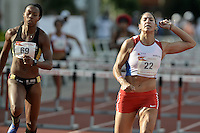 "CALI -COLOMBIA. 25-06-2016. Ana Mileni Pirelli Cubas de Paraguay durante su participación en el Grand Prix Internacional de Atletismo de Mayores ""Valle Oro Puro"" realizado entre el 25 y 26 de junio de 2016 en el estadio Pedro Grajales de la ciudad de Cali. / Ana Mileni Pirelli Cubas of Paraguay during her participation in the Grand Prix International Athletics Open ""Valle Oro Puro"" held between 25 and 26 June 2016 at Pedro Grajales stadium in Cali city. Photo: VizzorImage/ Gabriel Aponte / Staff"