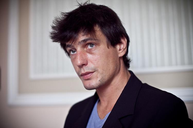 actor Louis-Ronan Choisy exclusive portraits   Officina Maltese