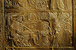 Golden Shrine, scene of bird hunting, Tutankhamun Book, Page 1