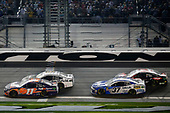 Monster Energy NASCAR Cup Series<br /> Daytona 500<br /> Daytona International Speedway, Daytona Beach, FL USA<br /> Sunday 18 February 2018<br /> Denny Hamlin, Joe Gibbs Racing, FedEx Express Toyota Camry Chris Buescher, JTG Daugherty Racing, Kleenex Chevrolet Camaro<br /> World Copyright: Matthew T. Thacker<br /> LAT Images