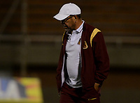 ENVIGADO -COLOMBIA-04-08-2017: Jose Eugenio 'Cheche' Hernandez técnico de Deportes Tolima gesticula durante el encuentro con Envigado FC por la fecha 6 de la Liga Águila II 2017 realizado en el Polideportivo Sur de la ciudad de Envigado. / Jose Eugenio 'Cheche' Hernandez coach of Deportes Tolima gestures during match against Envigado FC for the date 6 of the Aguila League II 2017 played at Polideportivo Sur in Envigado city.  Photo: VizzorImage/ León Monsalve /Cont