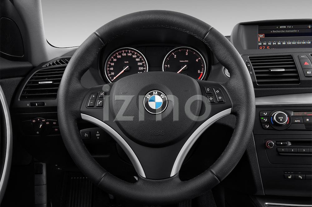 Steering wheel view of a 2007 - 2011 BMW 1-Series 123d 3 Door Hatchback 2WD.